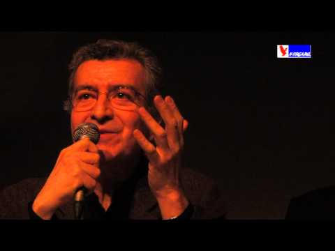 QUILAPAYUN EN FRANCAIS Rodolfo Parada  PARIS  2013.