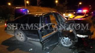 Ողբերգական ավտովթար Երևանում  Mercedes ը բախվել է Էլեկտրասյանն ու պատին