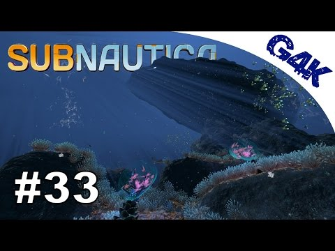Nuclear Fragments, Oxide and a Scary Grand Reef Wreck | Subnautica Let's Play | Part 33