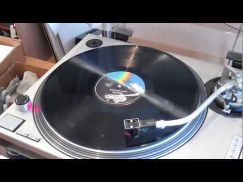 Amazing split record -- Boston and Steely Dan