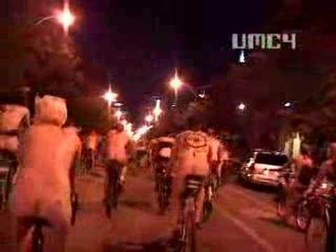 World Naked Bike Ride Chicago 2008 part 1