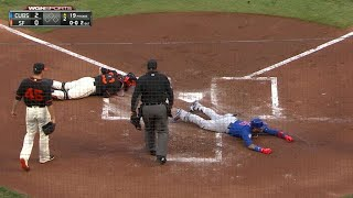 Baez legs out a two-run inside-the-park homer