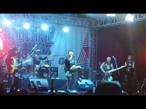 Otak Ngeres - Biarkan Punk Bicara Live Konser