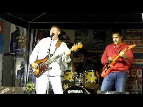concerto-della-manifestazione-contro-l'omofobia-2011-a-cagliari-(1)