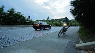 Опасная скорость велосипеда в закрытом повороте