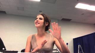 Willa Holland Speedy Thea Queen Arrow Wondercon 2013 Interview Thumbnail