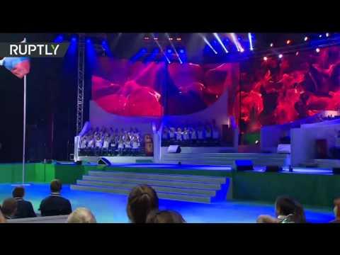Выступление Сергея Лазарева и Полины Гагариной