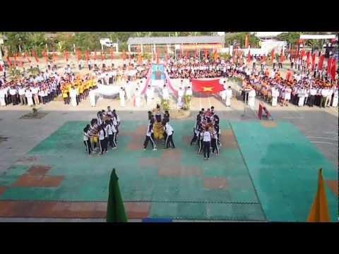 Đại hội thể dục thể thao trường THPT Trường Long Tây ngày 1/2/2013