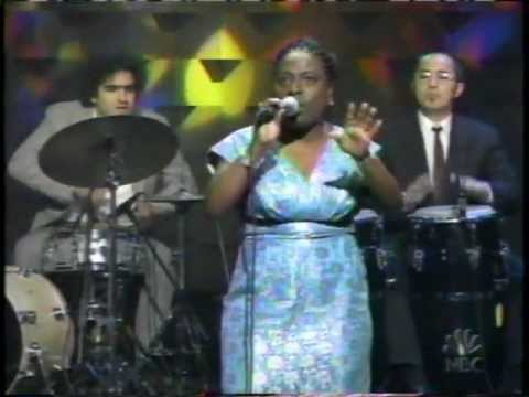 Sharon Jones & The Dap Kings How Long Do I Have To Wait (LIVE)