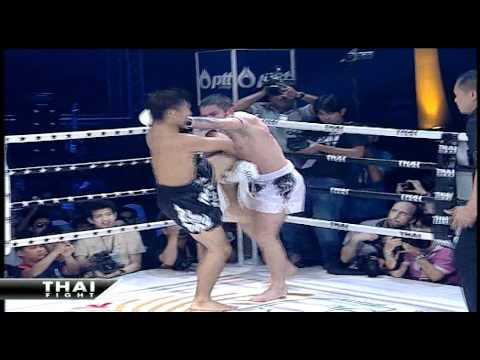 THAI FIGHT 2010 : Soichiro Miyakoshi VS Liam Harri...