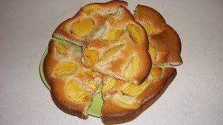 Хороший пирог со свежими персиками