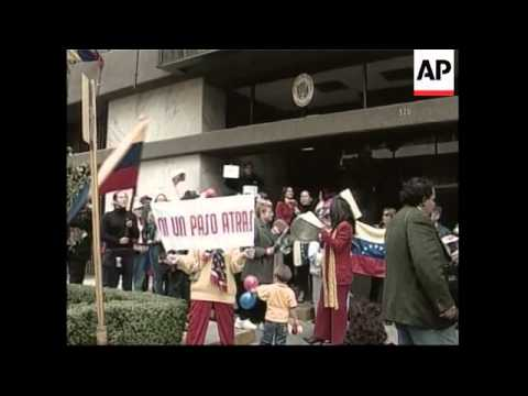 Anti-Chavez Venezuelans hold protest in Mexico City