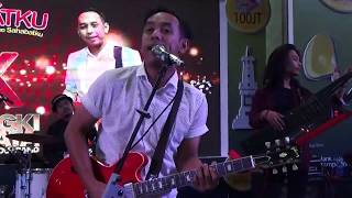 6 Pongki Barata And The Dangerous Band