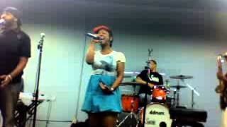 Kandi Burruss Rehearsal - 2010