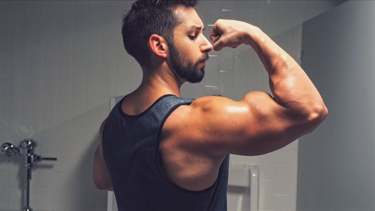 What 17 18 Inch Arms Actually Look Like Youtube
