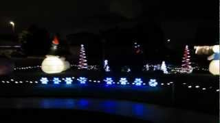 Cool Outdoor Christmas Holiday Decorations With Giant Inflatables And More