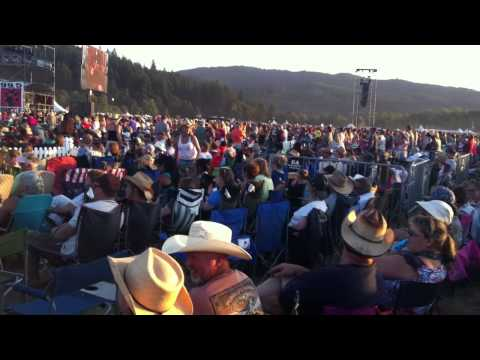 Faces in the crowd at Bi-Mart Willamette Country Music Festival