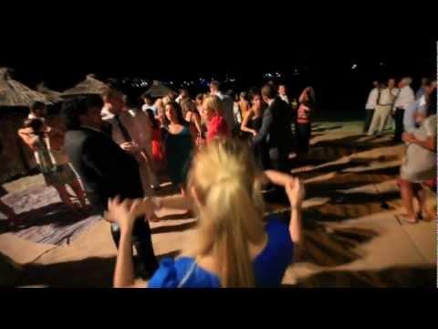 Wedding party Mykonos blu