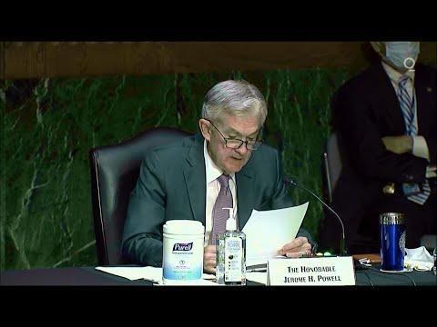 Powell Says Economic Outlook Is 'Extraordinarily Uncertain'