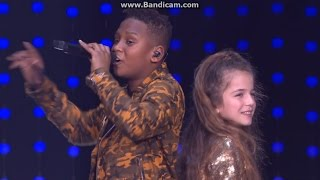 Erza Et Gabriel - Sur Ma Route (DVD Live Clip)