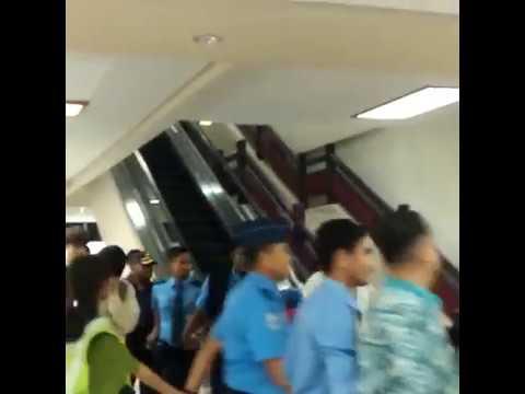 Sungjae Jonghoon at Bandara International Minangkabau Padang 04-02-2017