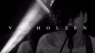 VAN HOLZEN - Nackt (Official Video)