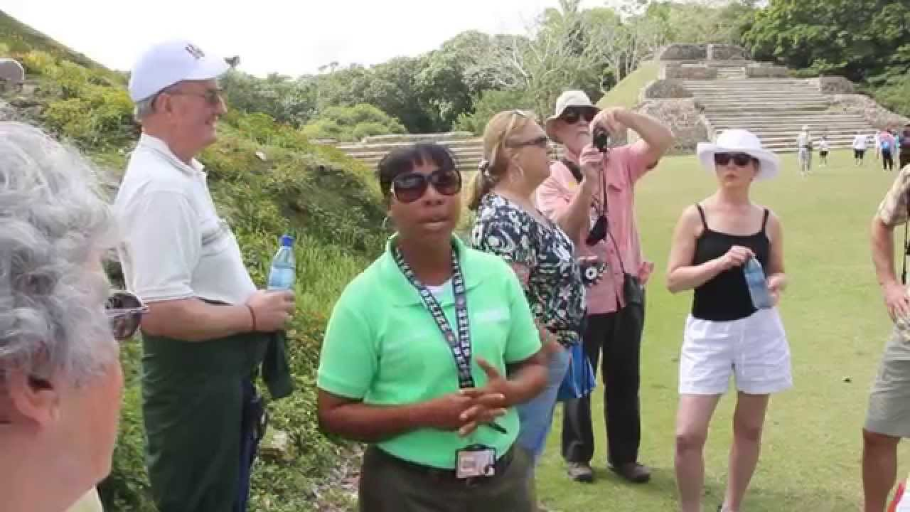The Mayan ruins of Altun Ha explained by our Belizean guide
