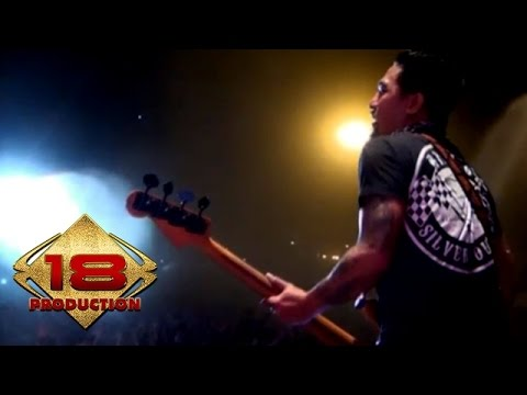 Superman Is Dead (SID) - Kuat Kita Bersinar  (Live Konser Yogyakarta 6 September 2014)