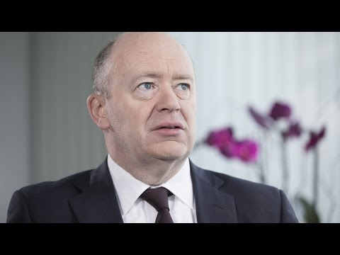 Deutsche Bank CEO Wants to Move Into Modest Growth Mode