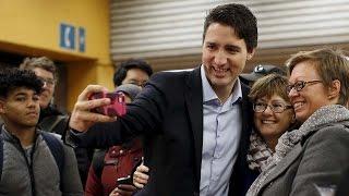 Justin Trudeau surprises Montreal commuters
