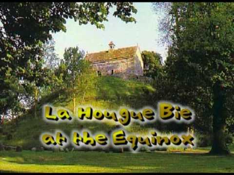 La Hougue Bie at the Equinox