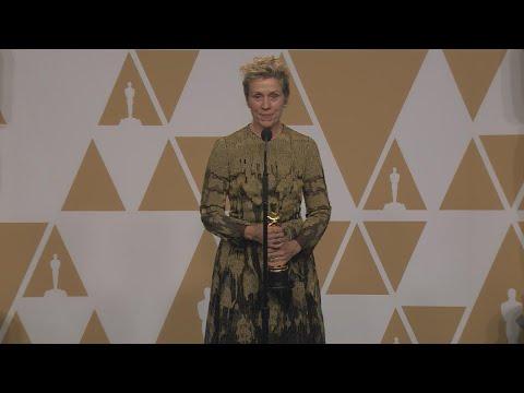 Oscars 2018: Frances McDormand Backstage (FULL PRESS CONFERENCE)