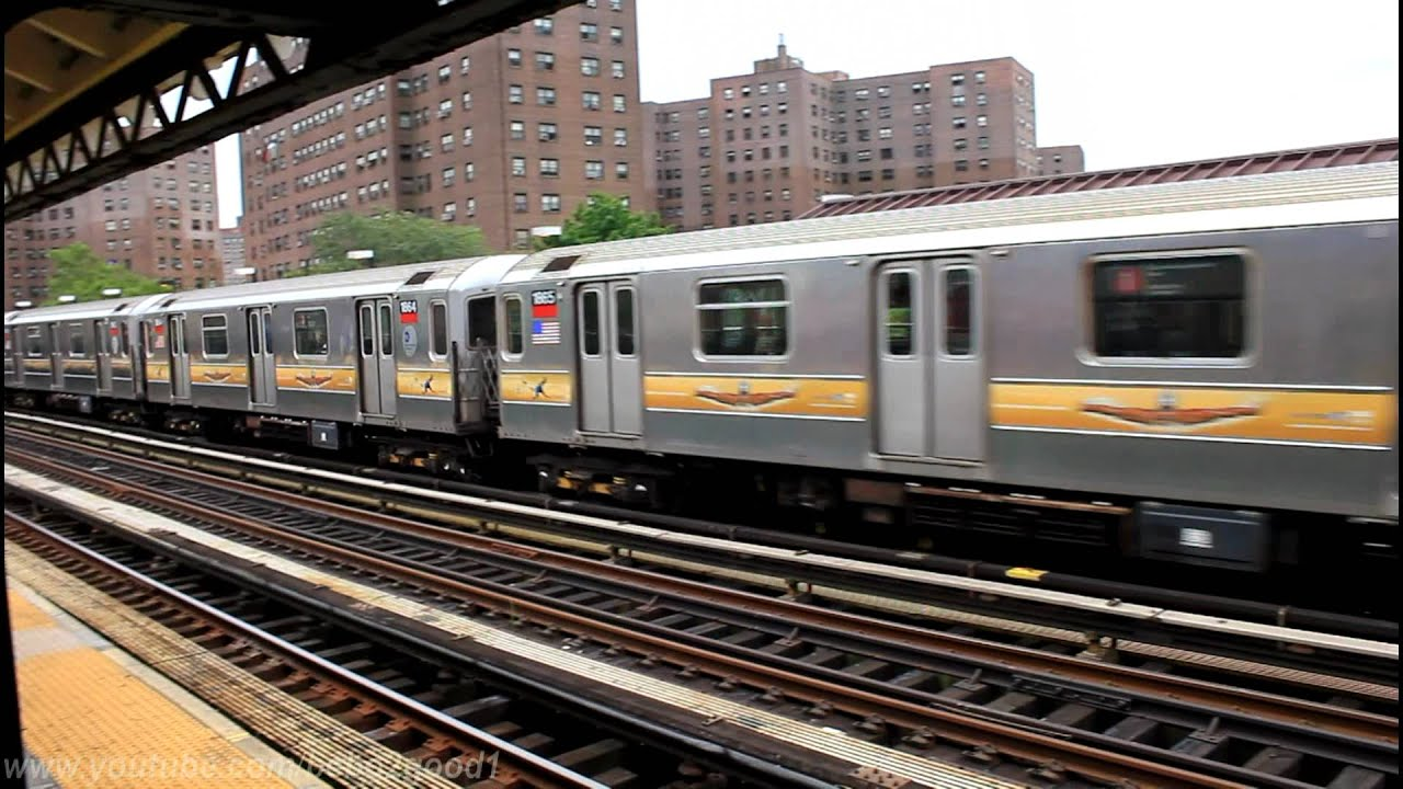 Irt Subway R62a 1 Train At 225th Street Marble Hill