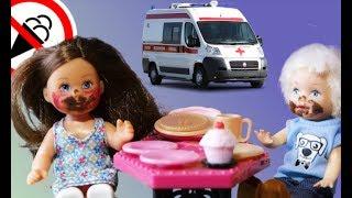 Мультик Барби супер серия у детей живот болит, видео для девочек куклы Барби на русском