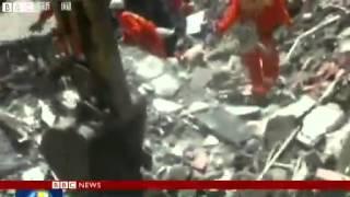 China earthquake- Sichuan hit by powerful quake