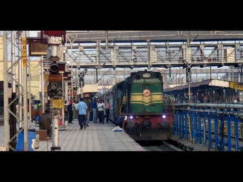 Classic ALCOs, Mighty EMDs : Beautiful Diesel Galore at Daund Junction