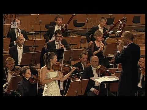 Janine Jansen performs Tchaikovsky Violin concerto 2. movement