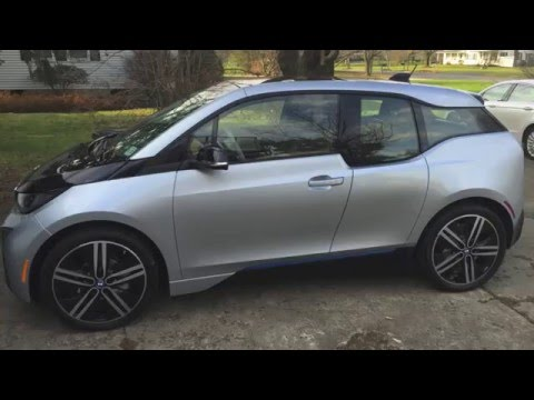 How to park BMW i3 with parking assistant
