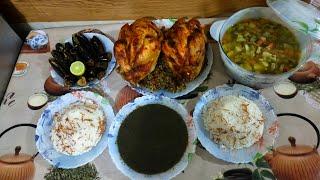 طريقة عمل الفراخ البلدي المحشية بالفريك وشوربة الخضار والملوخية الناشفة والأرز بالشعيرية