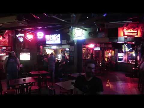 3 Crow Bar - Best places to go in Nashville