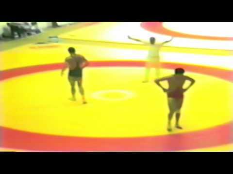 1987 Senior World Championships: 100 kg Javhlantugs Bold (MGL) vs. Istvan Robotka (HUN)