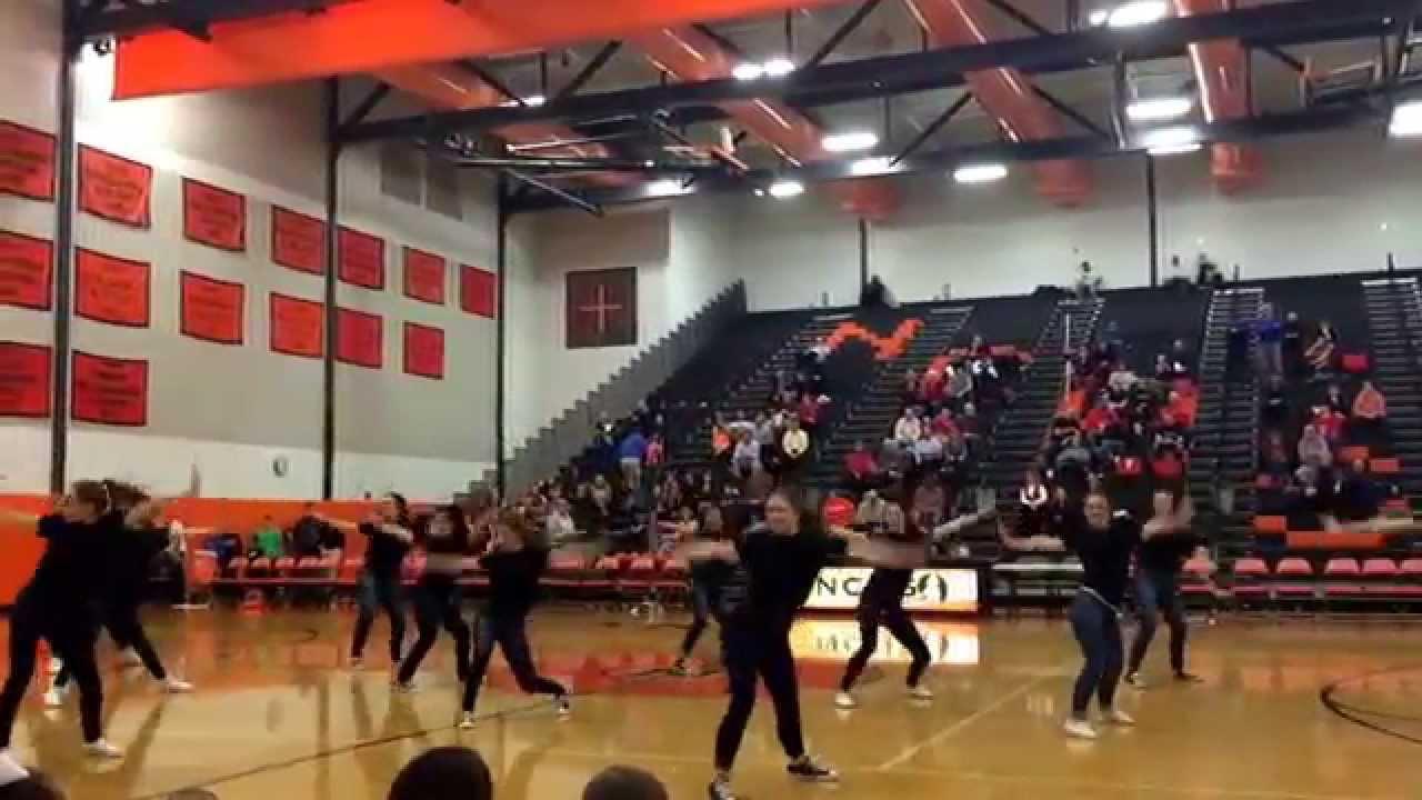 Normal Community High School Guy-Girl Dance 2015 - YouTube