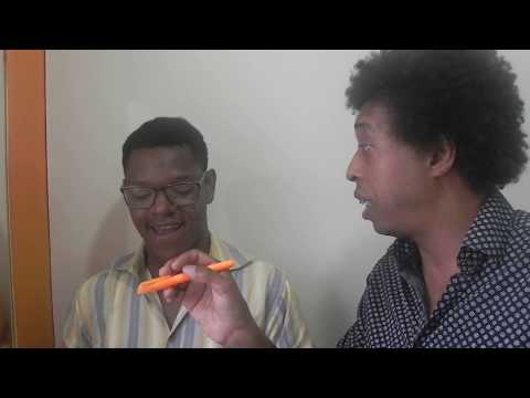 Aprendendo a achar tom natural aula de canto   Dr Guto Fernandes