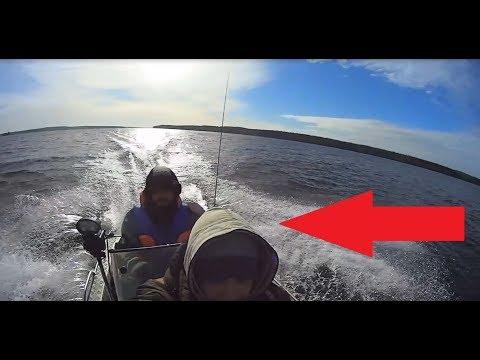Прохождение волн на короткой лодке.Вельбот 37.ALARM!!!! НЕнормативная лексика!!!