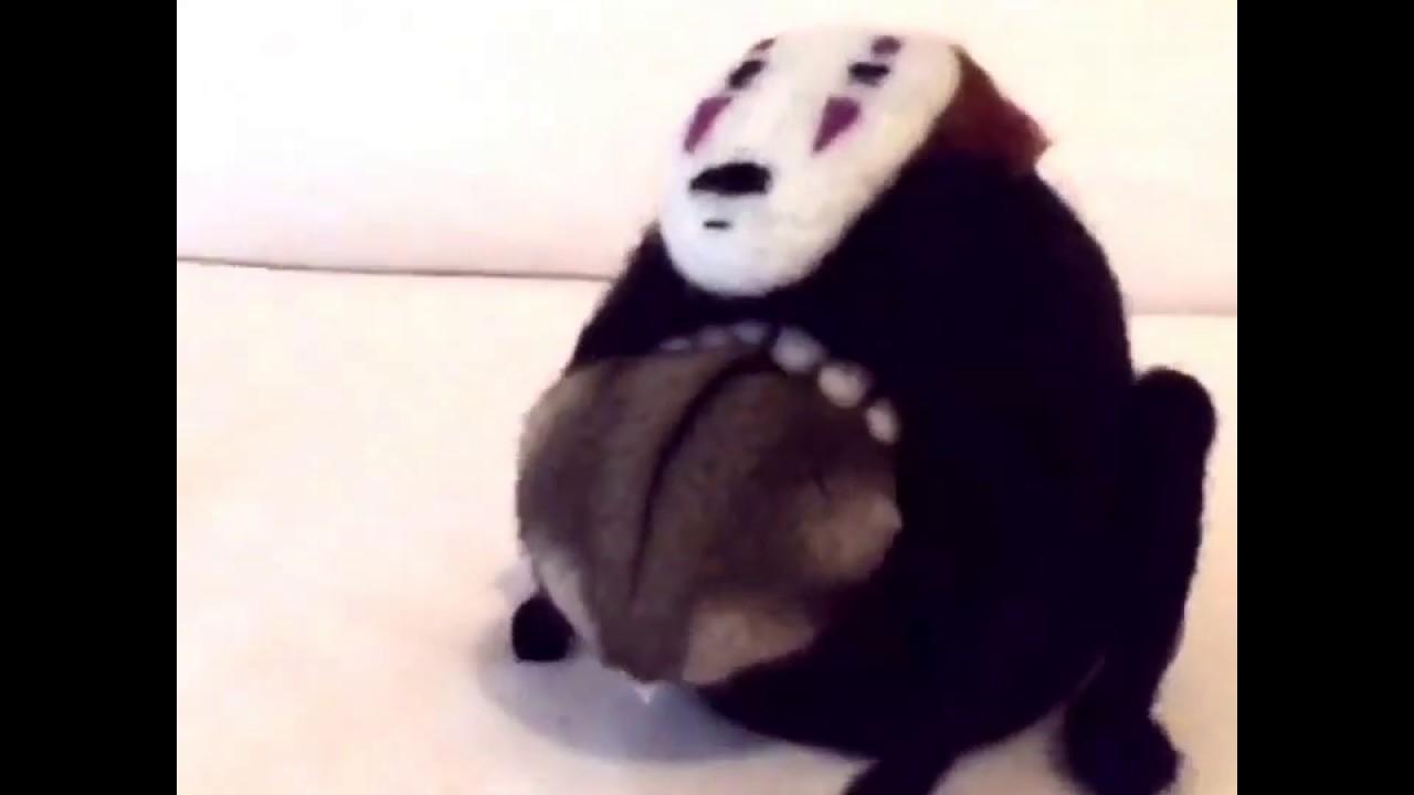【ブランド靴コピーhttp://www.l-reig.com/】ハムスターがカオナシに食べられにいく動画が話題に