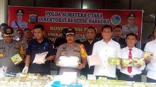 Download Video Kapolda Sumut Paparkan Penangkapan Kurir Narkotika Seberat 55 Kg MP3 3GP MP4