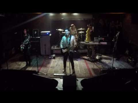 Gary Glitter - Rock and Roll Part 2 (Cover) at Soundcheck Live / Lucky Strike Live