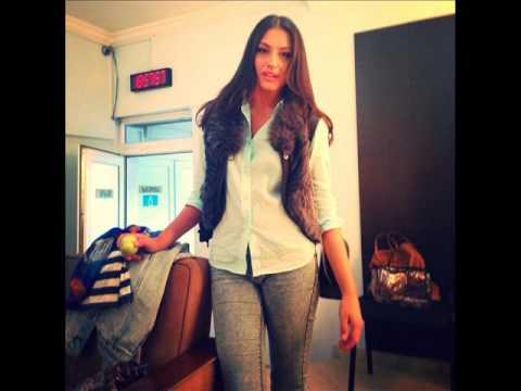 Robin Thicke - Blurred Lines Anuna Mdivnishvili))))