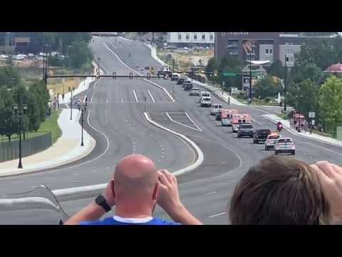 Unbelievable view! Motorcade Vice President Mike Pence racing to the airport
