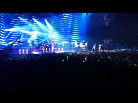 Bruno Mars and Miguel Concert Auckland Vector Arena